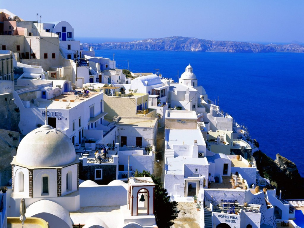 LiveLongAndTravel Travel To Greece LiveLongAndTravel - Trip to greece